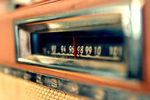 Vintage Radio by pedroled