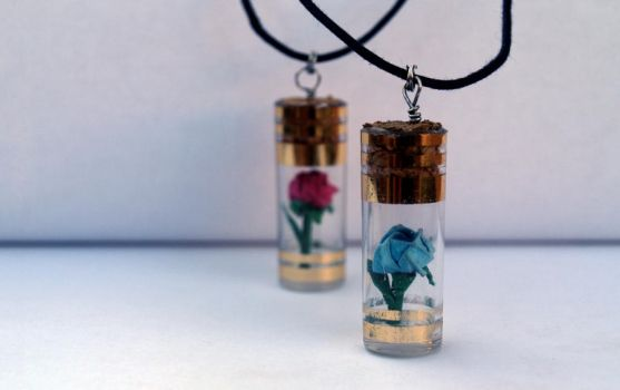 Rose Necklaces by PeryB