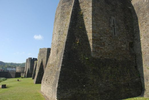 caerphilly castle 41 by TomatoSource