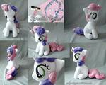 Sweetie Belle sitting Plush by zuckerschnuti