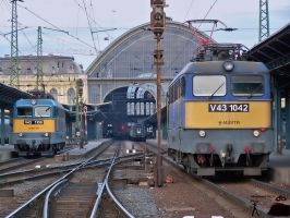 V43 1042 and 1106 in Budapest by morpheus880223