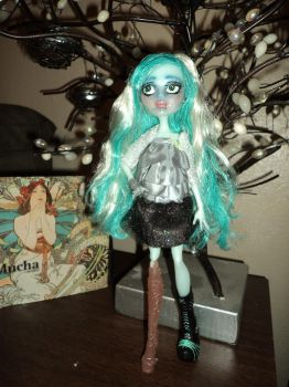 OOAK Monster High Repaint: Vandala by jlaynaeb
