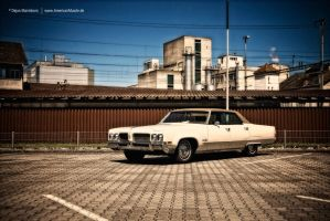 Olds98 by AmericanMuscle