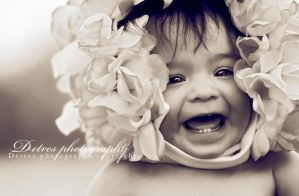 Flower head baby by Beauty17