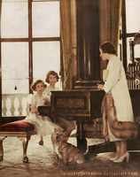 The Queen Mother and her two daughters by Livadialilacs