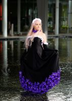 Flowers and Water. Reira cosplay, nana. by Giuzzys