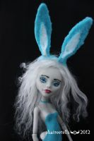 MH repaint 10  GHOULIA bunny BUNI by phairee004