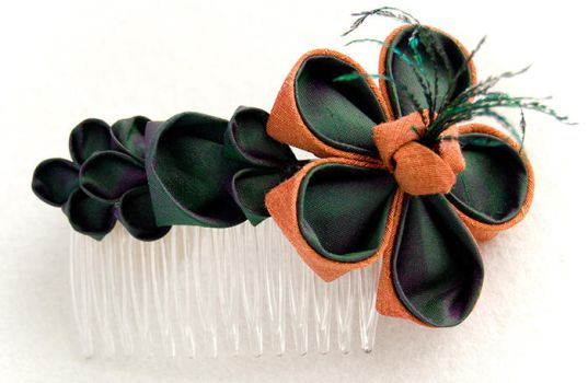 Penny: Kanzashi Comb by fourwillows