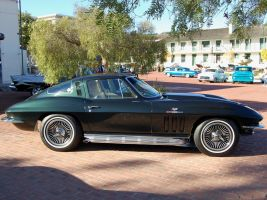65 Corvette Sting Ray BlooGold by Partywave