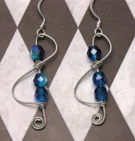 Treble Clef Earrings by lavadragon