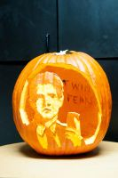 'Twin Peaks' inspired pumpkin by adaytimesinner