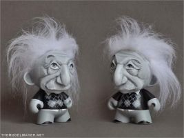 Munny Einstein by artmik