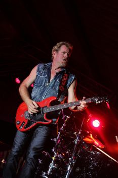 Brad Gillis (Night Ranger) II by World-Spinner