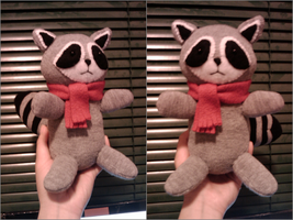 Sockimals - Raccoon by Midbot