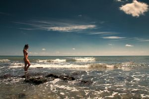 Watching The Waves by iustyn