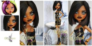 MH Clawdeen repaint #11 ~Spice~ by RogueLively
