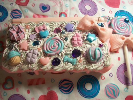 Fairy Kei Decoden DS Lite Case by lessthan3chrissy