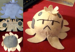 Shroomish - my first plush by Ked-V