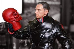 Hot Toys Red Skull: To Be, or Not To Be by ZaEmpera