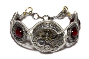 Steampunk Bracelet - Watch Movement - Cybersteam by CatherinetteRings