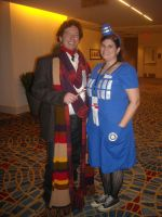 Doctor and TARDIS by rjccj