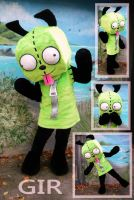 GIR costume by LilleahWest