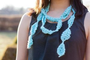 Knitted Necklace by AKKerani