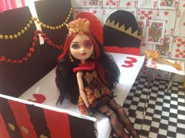 Lizzie Hearts Ever After High Bedroom by 2Cute4Claires