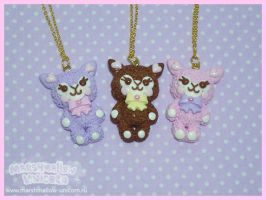 Kawaii pastel Alpaca necklace by Irudisu