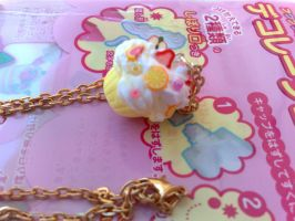 citrus fruits cupcake necklace by PinkCakes