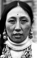 Tibetan boy's mother by Peanutsalad