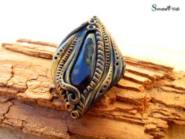 Polymer clay brooch with amethyst by SuvetarsWell