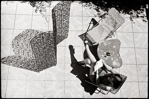 Sun and legs by laurent-conduche