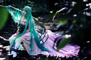 Lost princess of the dark forest by HAN-Kouga
