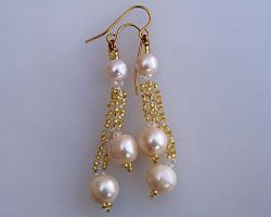 Earrings with pearls on beaded chains E929 by Fleur-de-Irk