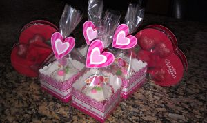 Valentines day Cupcakes by VaneChu