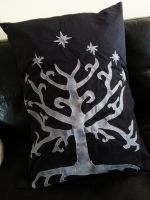 PILLOW// The Tree of Gondor by dreamylee