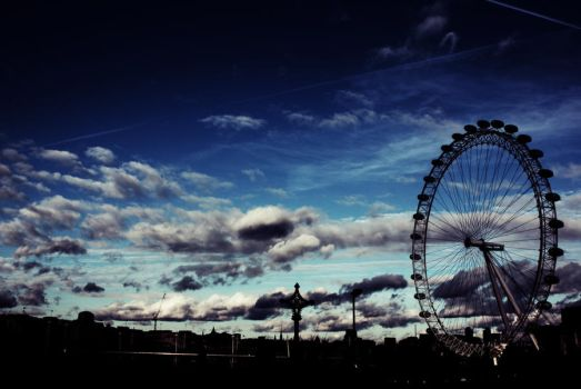London Eye by Notcleverart