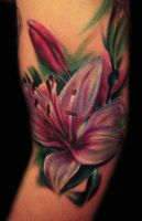 Color Lily Tattoo by hatefulss