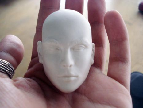 Male porcelain head by akasha2683