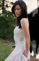 Angel of Battle by pyrogirlbl