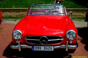 RED BEAUTY-OLDTIMER MERCEDES by magicandbrother