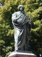 Copernicus statue by Woolfred