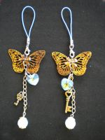 Butterfly cell straps by Corselia