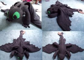Updated Toothless Plushie by Krinkee