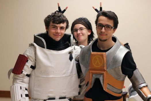 Half-Life Pals by TimmCosplay