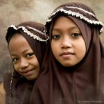 Indonesian School Girls by mjbeng