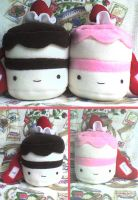 Cute Valentine Plushie Cakes by VioletLunchell