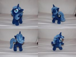 MLP FiM: Woona (filly Luna) plushie! by vulpinedesigns