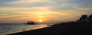 End of Day in Brighton Coast by Rea-the-squirrel